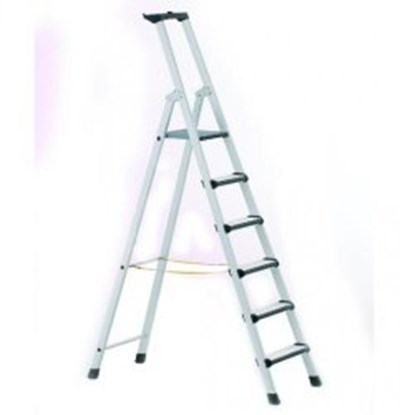 Slika Stepladders with treads and padded front edges